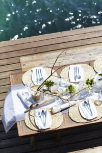 coastal table setting